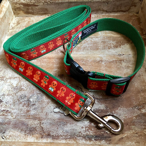 Gingerbread Family Dog Collar & Leash