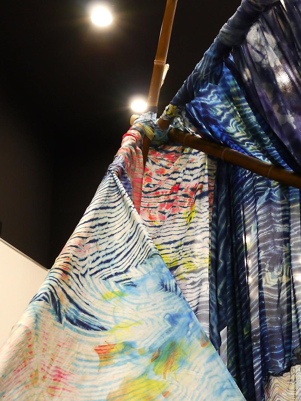 installation - textile teints laure marnas - atrium Dax  2018