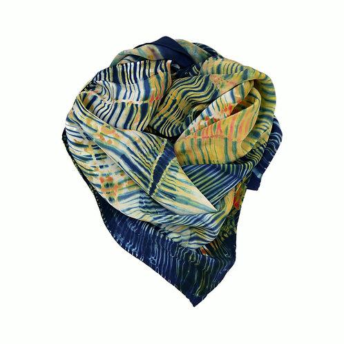 Foulard en soie Ethnik - teint à la main -shibori et indigo - créateur -made in france