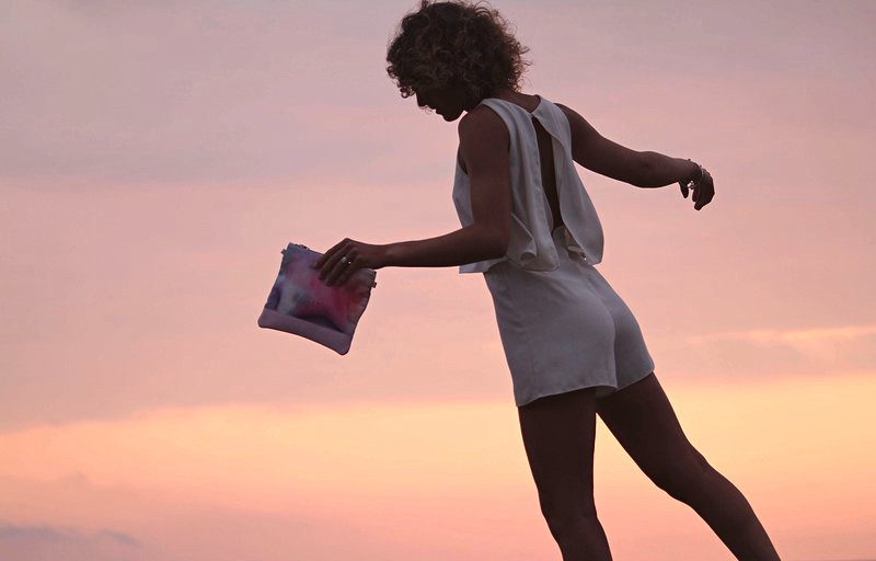 pochettes lorcolors manegane maroquinerie sunset
