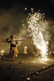 """Die Pyromantiker® Berlin - Theatervorstellung """"Versailles reloaded"""" zur """"Stadt für eine Nacht"""" in Potsdam UNIDRAM 2012"""