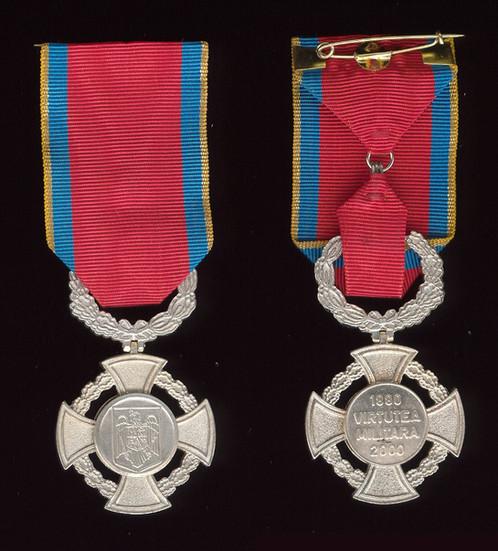Military-Virtue-Medal-II-war-obverse.jpg