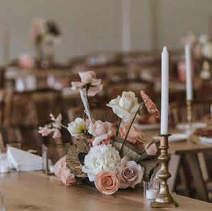 table flowers wedding