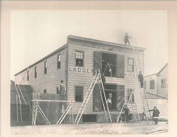 Tilley Ladders Storefront