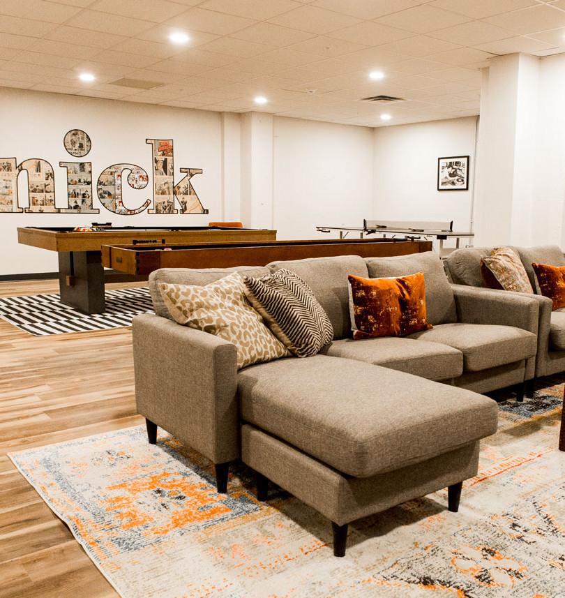 The Knick rec room amenities 3