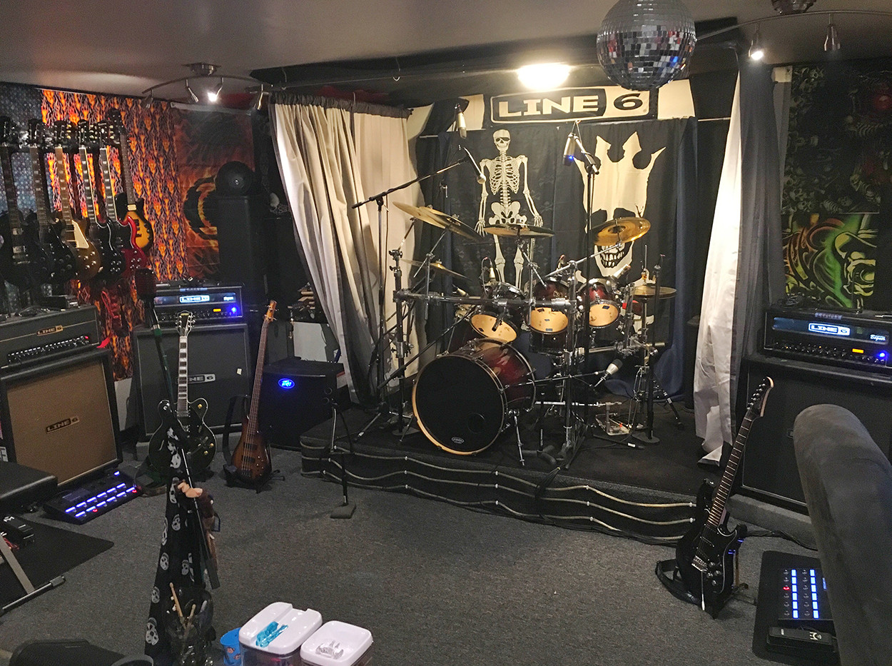 Drum Curtain Open