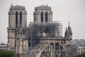 cathedrale-Notre-Dame-Paris-16-avrillinc