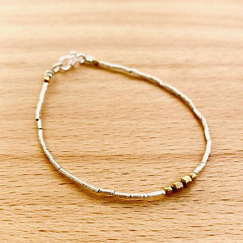 Armband mit Gold/Bronze Akzenten