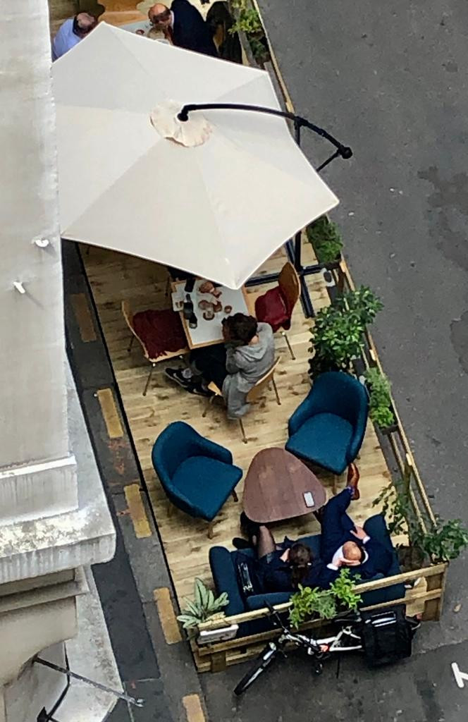Terrasse d'un restaurant parisien