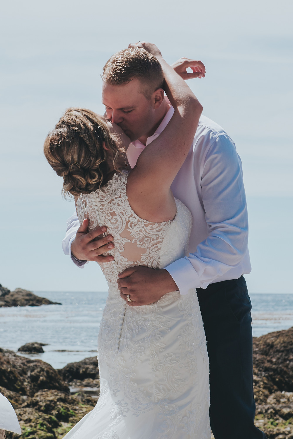 ucluelet wedding photographer