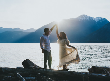 Love By the Water | Porteau Cove Adventure Engagement Session