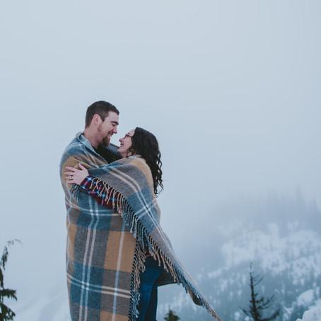 Winter Time Love | Mount Washington Engagement Session