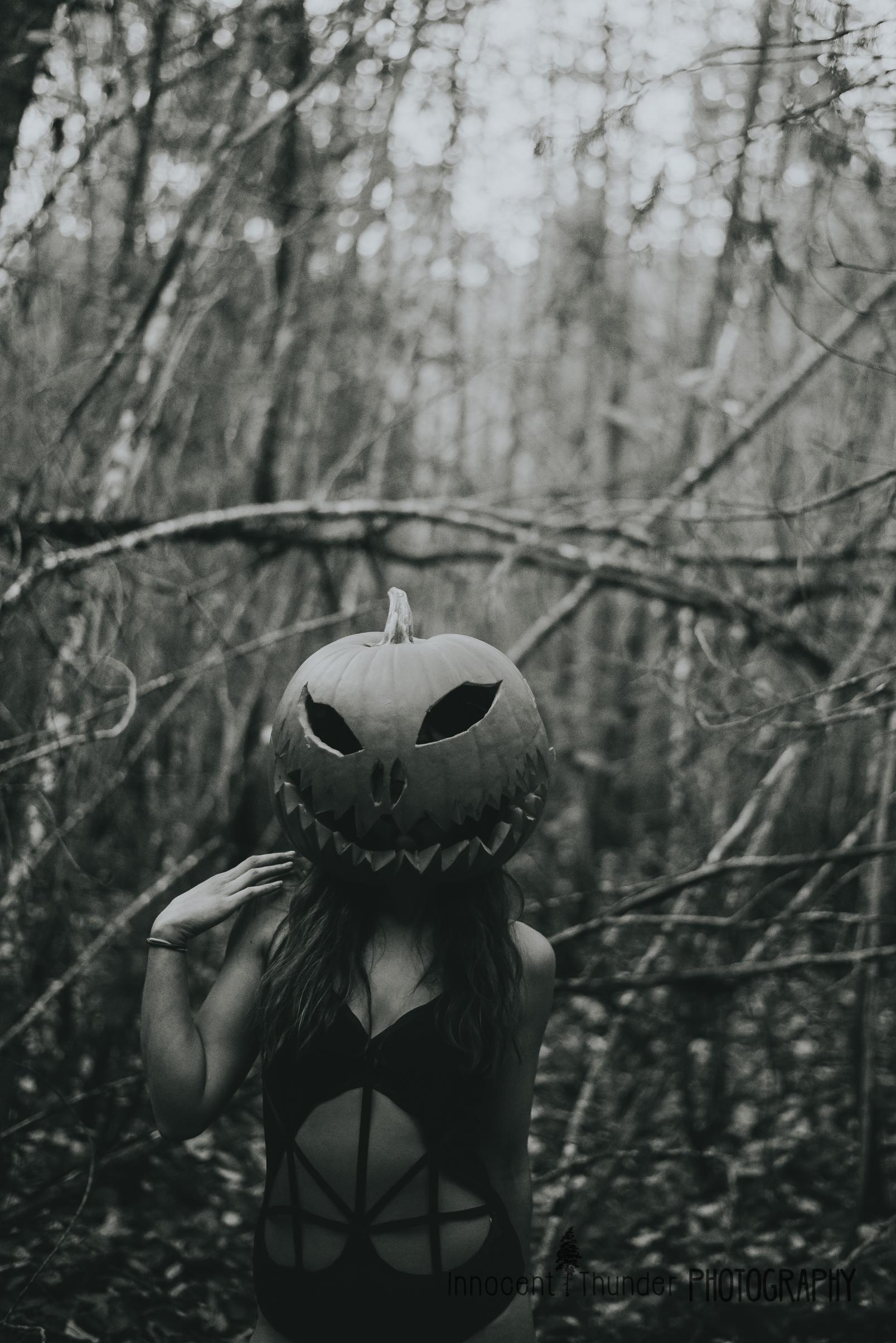 halloween boudoir