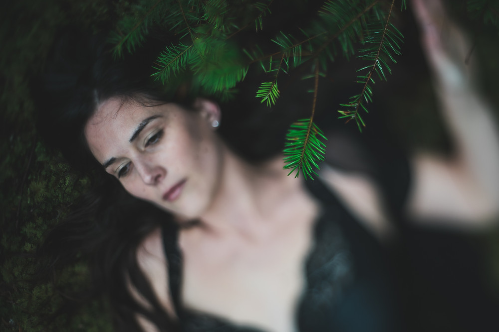 forest boudoir photographer