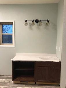topnotchbathroom3.jpg
