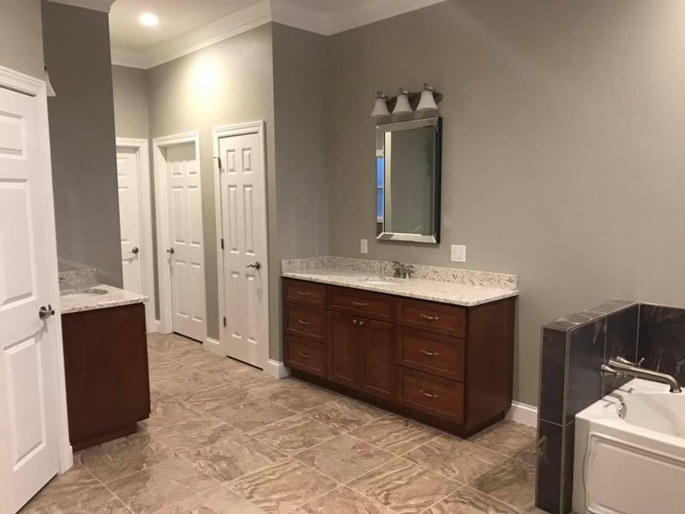 topnotchbathroom2.jpg