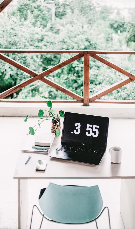 freelancers desk