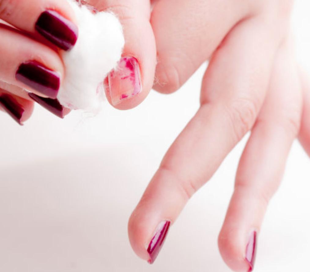 Aftagning af neglelak