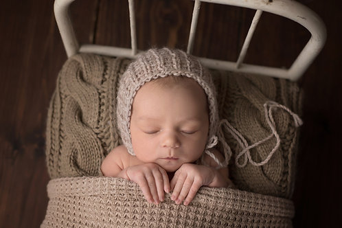 Newborn Mini-Sessions (includes digital images)