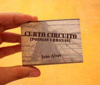 Curto Circuito [Poesias urbanas]