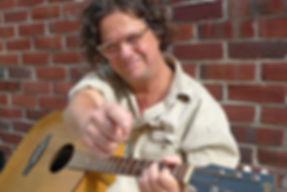 David Augustn guitar studio
