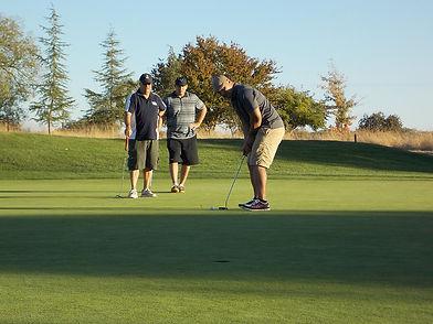 vets-golfing.jpg