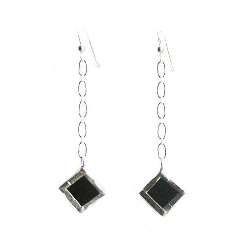 Chain-Linked Small Diamond Earrings