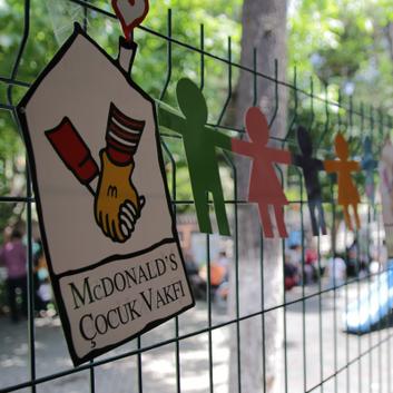 2016-İZMİR  McDonalds ÇOCUK VAKFI