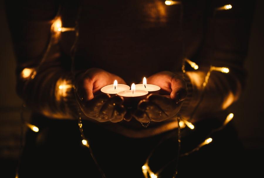 Adventskalender: Weihnachten - Fest des Lichtes und der Liebe