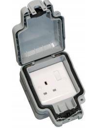 Hamilton Elemento IP66 1 Gang Socket
