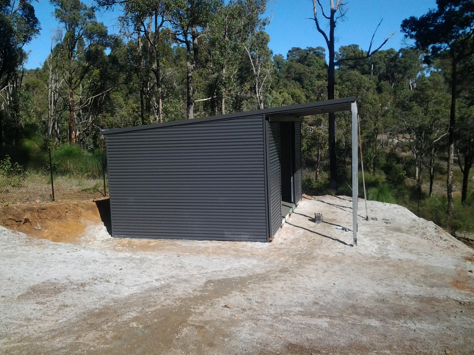 6x4x2.7 + 2m lean-to Stoneville