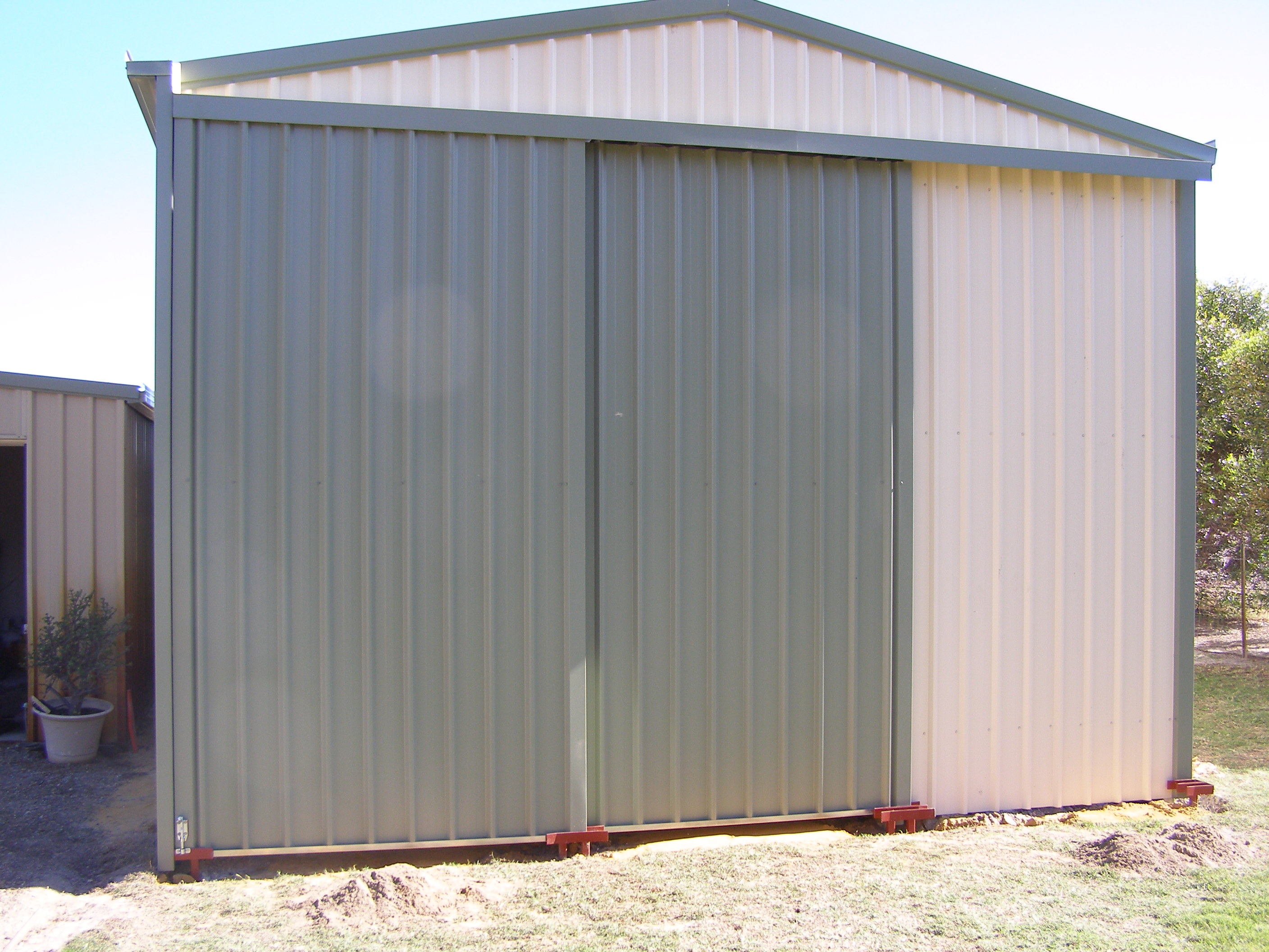 Shed with sliding doors