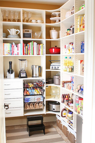 laundry-room-pantry-makeover-before-after-photos-04.jpg