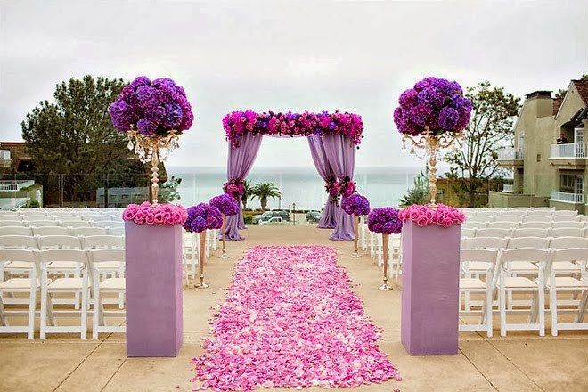 Purple Bedded Wedding Decor & Planning