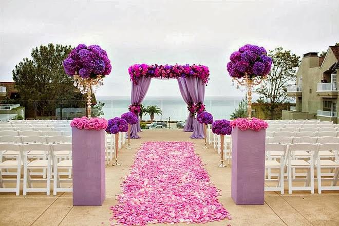 Purple Bedded Wedding Decor & Planning