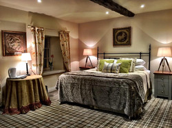 Meadow Suite - The Moon Inn Stoney Middleton2