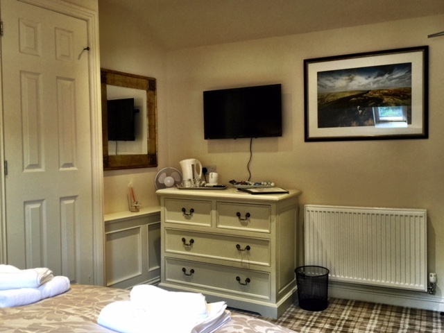 Trinkey Suite - The Moon Inn Stoney Middleton