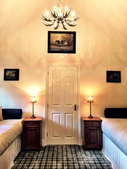 Denman Suite - The Moon Inn Stoney Middleton4