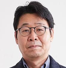 Suk-Hwan Lee2018.jpg