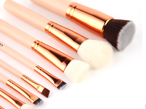 ROSE GOLD MAKEUP BRUSH SET (8pcs)