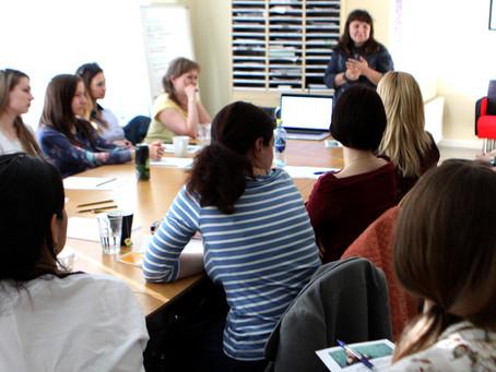 21 апреля состоялся вводный семинар по двуязычному развитию ребенка.