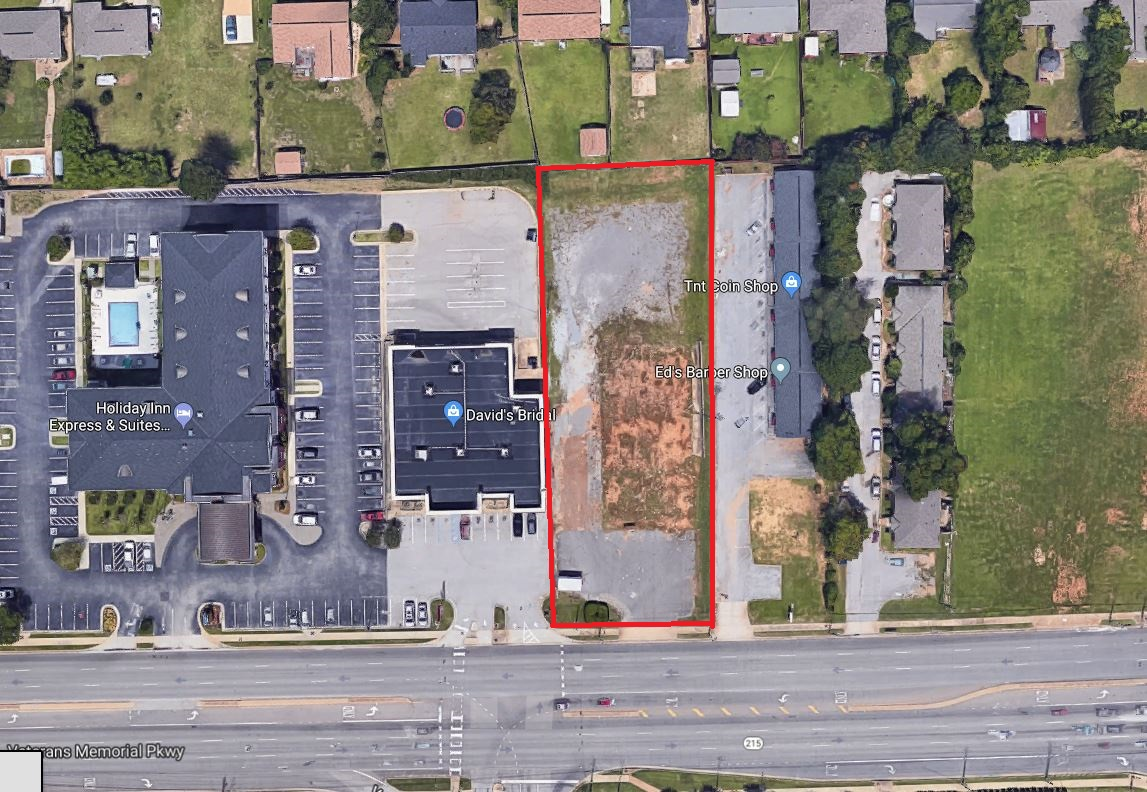 Vacant Parcel Next to DB- Outlined