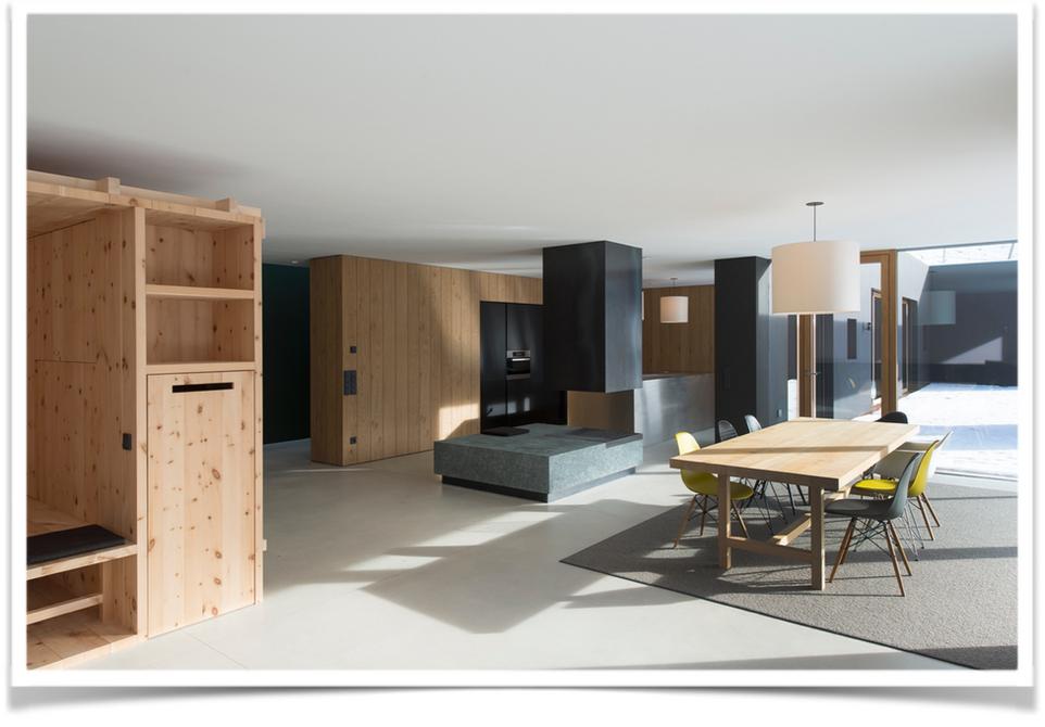 Rénovation totale d'un chalet dans les Alpes par Silvia Violati, Décoratrice d'intérieur UFDI à Paris ( 9e et 10e )