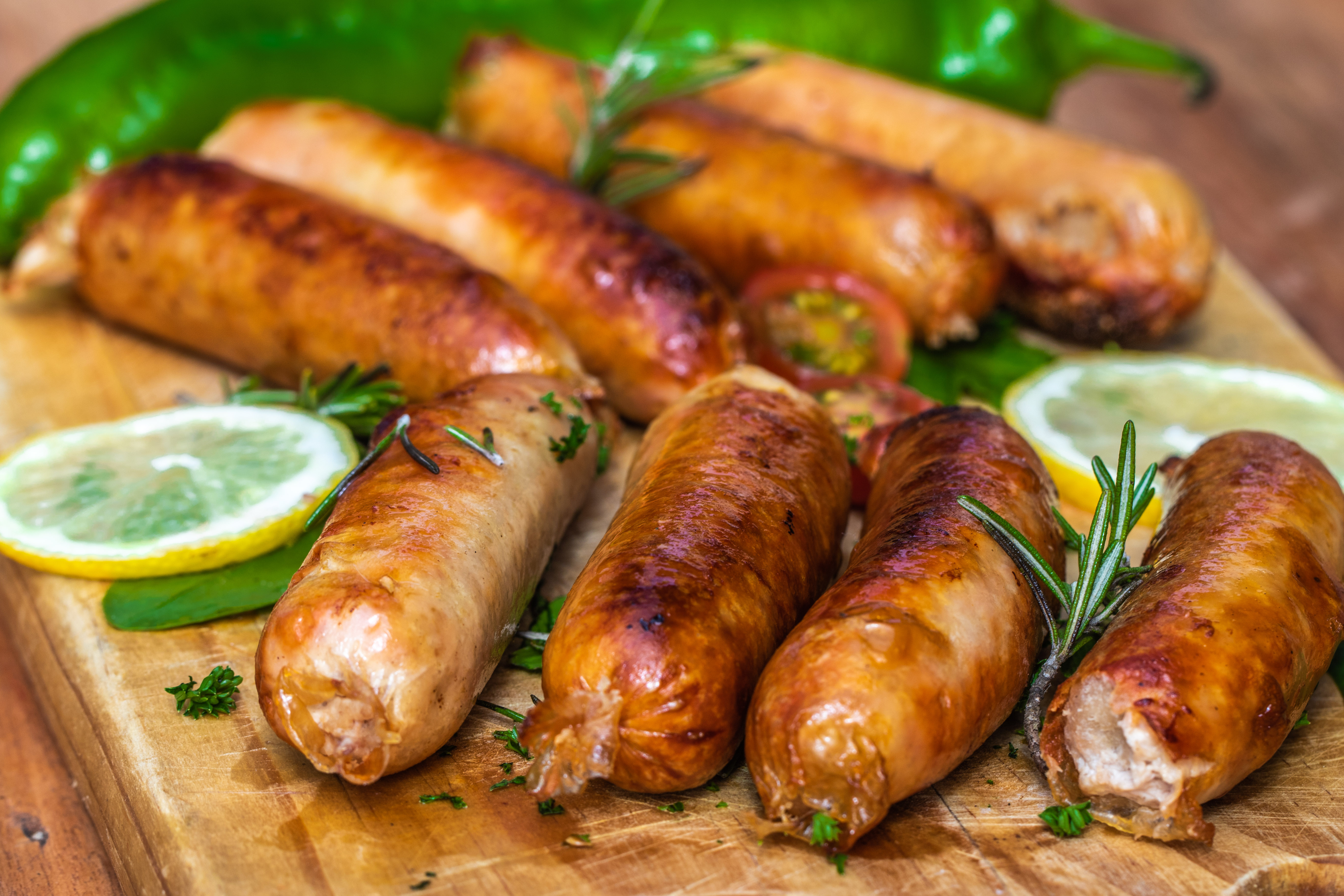 cooked-sausages-in-close-up-view-2901854