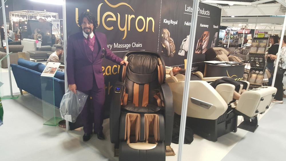 laurence llewelyn bowen love weyron king royal massage chair