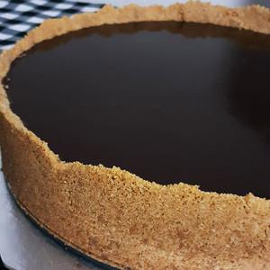 Torta de paçoca com chocolate