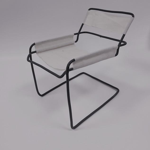 chair_1-min.jpg