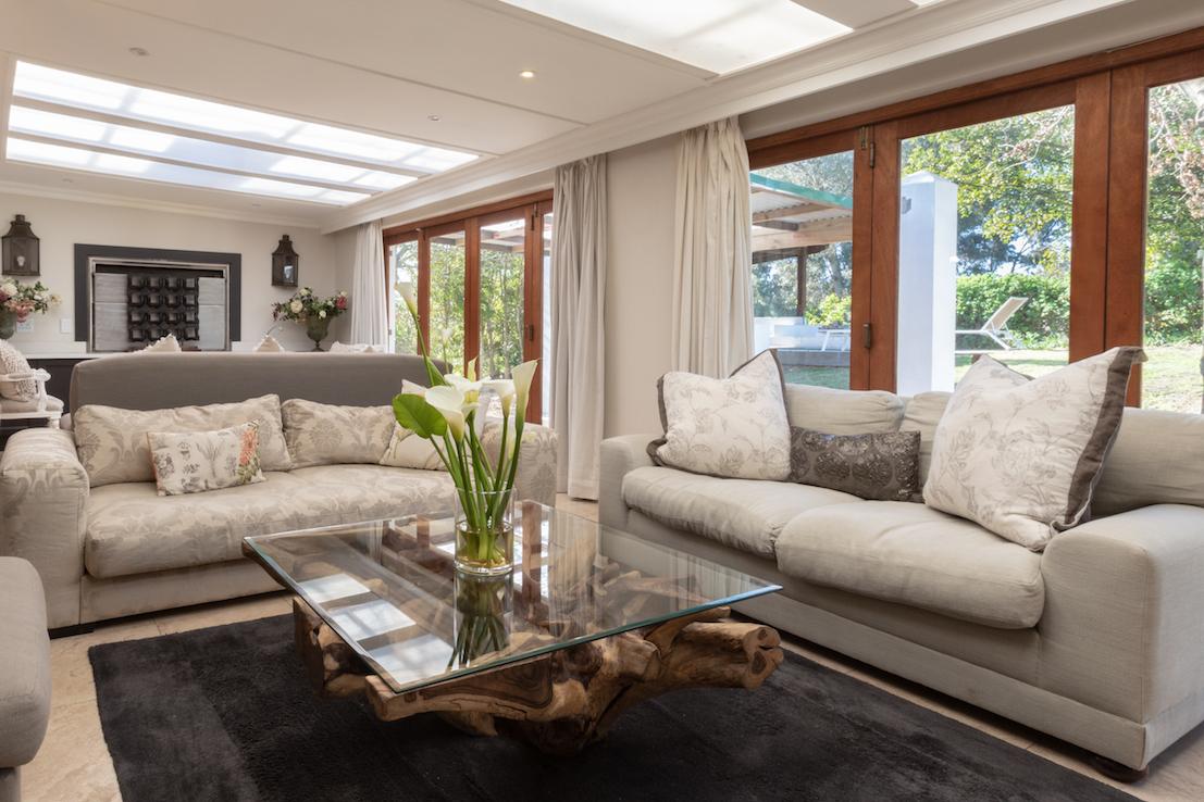 Villa 2 Lounge