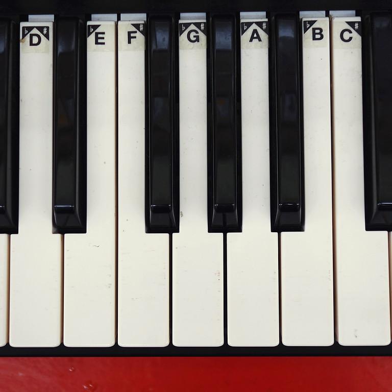 Klavier um 4