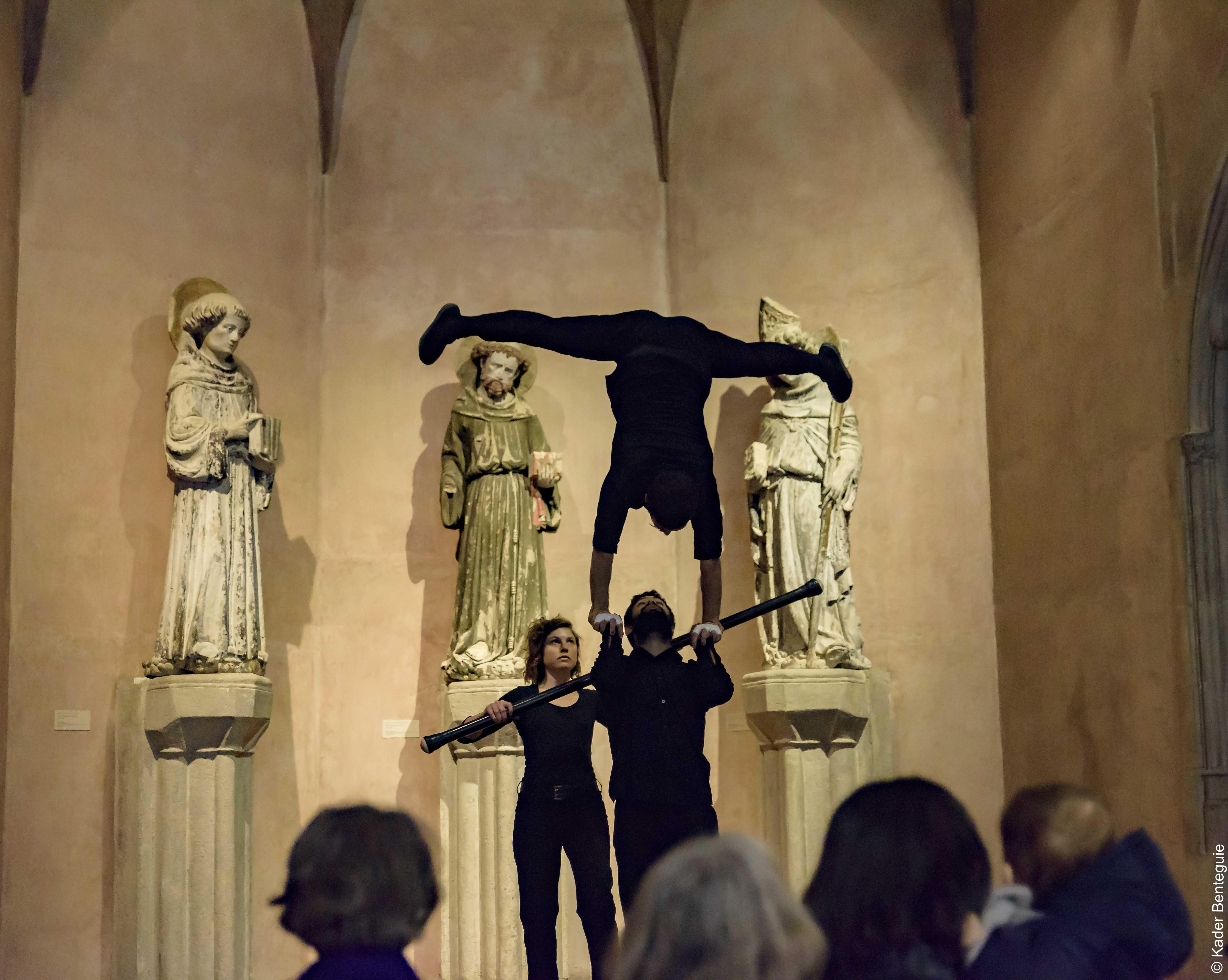 cirque_au_musée_©Kader_benteguie_4